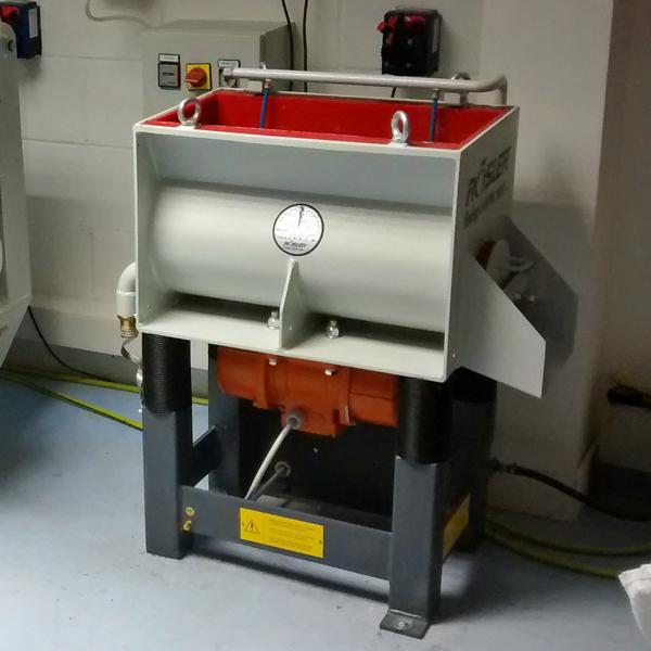 Vibratory Trough Finishing Machine Rosler Ver 50