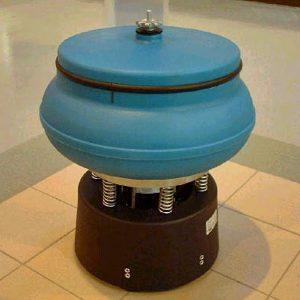 AV 40 Mini vibratory finishing bowl